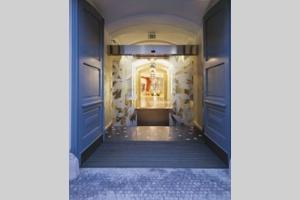 yasmin hotel prague prag praga praha visitprague cz. Black Bedroom Furniture Sets. Home Design Ideas